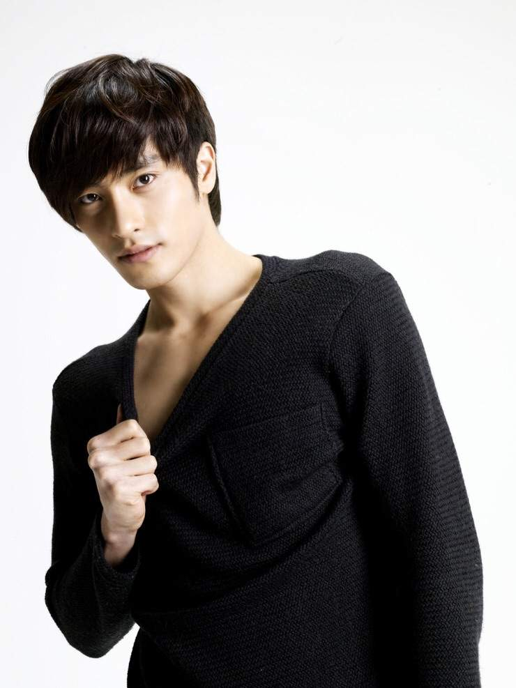 Bang Sung Hoon Picture Gallery
