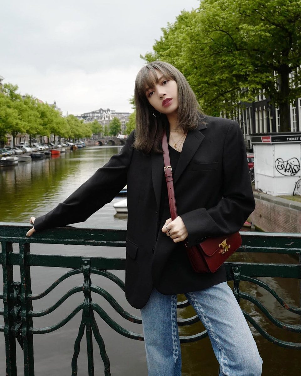 Queen Of Style: BLACKPINK's Lisa's Off-Duty Outfits To Inspire Your  Wardrobe – KDrama Fandom